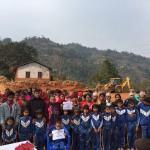 Schüler, Eltern und Lehrer der Bhimsen-Schule